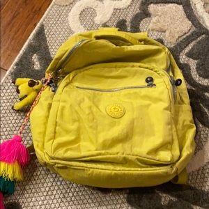 Large seaul kipling back pack yellow
